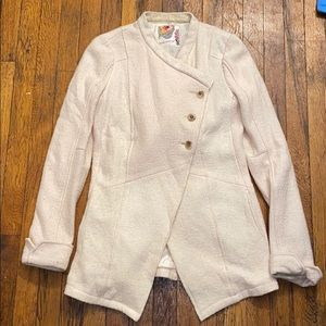 Free People cream jacket sz 4 chest button wool